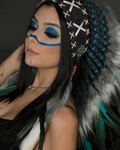 Image may contain: 1 person, closeup Native American Makeup, Native American Face Paint, Native American Girls, Indian Halloween Custome, Make Carnaval, Tribal Makeup, Festival Makeup Glitter, Halloween Makeup Looks, Fantasy Makeup