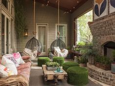 100 Most Popular Porch Ideas on Pinterest You Do Not Want to Miss - Cozy Home 101 Outdoor Rooms, Outdoor Living, Outdoor Decor, Bohemian Porch, Hipster Decor, California Room, Decks And Porches, Front Porches, Atlanta Homes