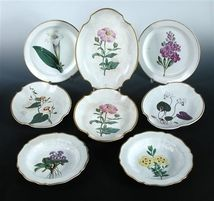 Collection of early 19th century Swansea cream ware botanical dessert wares. Est 3840 SEK. Cheffins auction. Barnebys.se