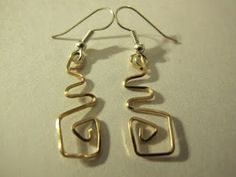 Naomi's Designs: Handmade Wire Jewelry: Gold wire wrapped earring designs