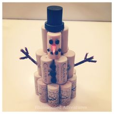 Frosty The CorkMan! :) DIY Snowman made from up-cycled cork.