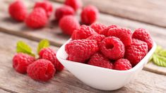 The 20 Best Foods to Eat for Breakfast Breakfast On The Go, Easy Healthy Breakfast, Best Breakfast, Breakfast Options, Food For Pregnant Women, Pregnant Diet, Raspberry Recipes, Red Raspberry, Kombucha