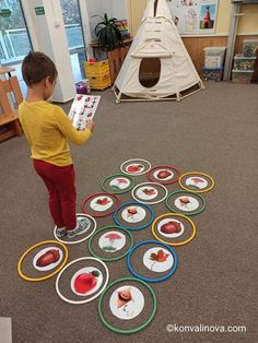 Toddler Learning Activities, Indoor Activities For Kids, Montessori Activities, Infant Activities, Games For Kids, Kids Learning, Preschool Crafts, Crafts For Kids, Coding For Kids