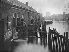 De Plekhoek tijdens de watersnood van 2 tot en met 8 januari 1928. Klik op de afbeelding voor het verhaal!
