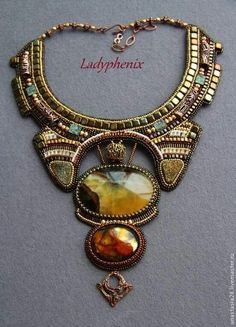 wow, beautiful Simbircite and perfect match with drusy cabs in a lovely design.