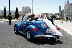 Carros descapotáveis para noivos. #casamento #carros #carrodosnoivos #transporte #noivos