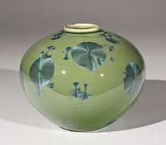 Bill Boyd - Jade Bulb #672 - ceramic - 4.5 x 5.5