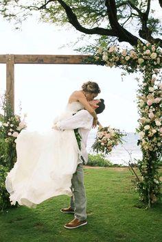 Most Creative Wedding Kiss Photos ❤ See more: http://www.weddingforward.com/creative-wedding-kiss-photos/ #weddings