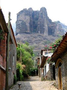 Tepoztlán, Morelos. Had a friend who kept a weekend house here and would climb these rocks.