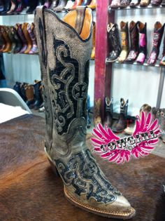 Cowgirl Clad Company - Tanner Mark Vintage Brown w/ Black Lizard Inlay, $260.00 (http://www.cowgirlclad.com/tanner-mark-vintage-brown-w-black-lizard-inlay/)