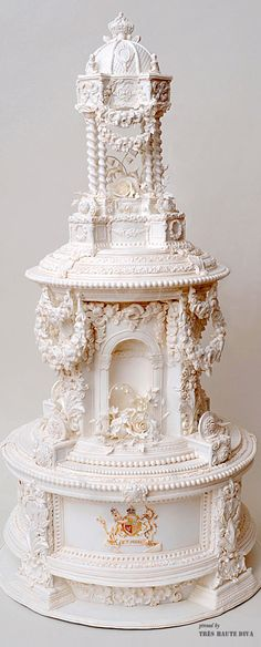 wedding cake of Princess Victoria of England and Frederick William of Prussia from 1858 recreated by NYC Cake Girl Gorgeous Cakes, Pretty Cakes, Amazing Wedding Cakes, Amazing Cakes, Cake Pops, Nyc Cake, Bolo Cake, Take The Cake, Occasion Cakes
