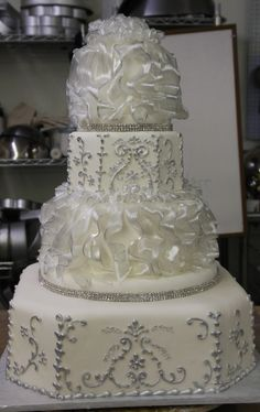 silver and sugar By Suelar on CakeCentral.com
