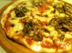 「Cafe / C.O.Ze」' s Pizza ! by tenjinbazaar, via Flickr