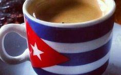 Cuban Coffee ☕️ the best coffee in the world! Coffee Gif, Coffee Love, Best Coffee, Coffee Shop, Coffee Cups, Black Coffee, Coffee Beans, Café Cubano, Matanzas Cuba