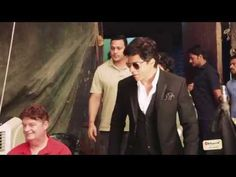 Shah Rukh Khan makes a 'comeback' as 'Don' - The Times of India on Mobile