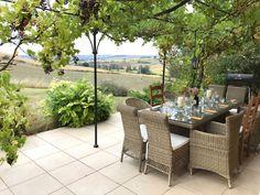 Iron Pergola, Outdoor Furniture Sets, Outdoor Decor, Entertainment Room, Outdoor Entertaining, Feels, Patio, Street, Home Decor