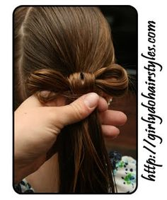 """Instructions and pics on how to make """"hair"""" bows - so cute :0)"""