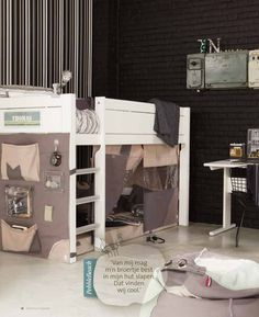All these funny and extraordinary loft beds surely give your kid an awesome place to play, to dream and grow. Cama Junior, Interior Door Trim, Cafe Interior, High Beds, Cute Furniture, Kids Tents, Bed Tent, Childrens Beds, Cheap Home Decor