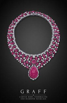 Esculpida Ruby, Turmalina e Colar de diamantes | necklaceday