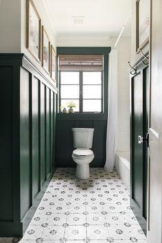Useful Walk-in Shower Design Ideas For Smaller Bathrooms – Home Dcorz Budget Bathroom, Small Bathroom, Master Bathroom, Bathroom Ideas, Green Bathrooms, Bathroom Goals, Bath Ideas, Bathroom Designs, Home Interior