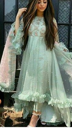 Telugu Brides, Telugu Wedding, South Indian Sarees, South Indian Bride, Plazzo Pants Outfit, Latest Kurti, Kanchipuram Saree, Lehenga Choli, Blouse Designs