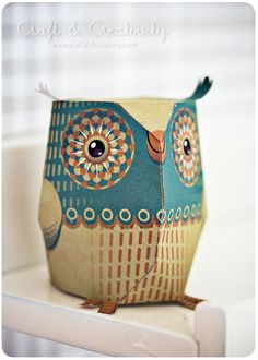 Dagens pyssel, pappersuggla – Craft of the Day, paper owl Owl Crafts, Crafts For Kids, Arts And Crafts, Paper Crafts, Paper Owls, Paper Art, Owl Theme Classroom, Origami, Owl Art
