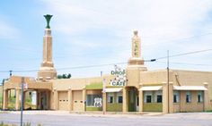 Tower Station and U-Drop Inn Cafe. Shamrock, Texas. Looks like Radiator Springs. (:
