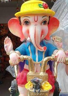 Ohh lets a cool ride with ganesha 💜❤💜❤💖💓 Shri Ganesh Images, Ganesha Pictures, Lord Krishna Images, Ganesh Pic, Ganesh Lord, Jai Ganesh, Lord Shiva, Clay Ganesha, Ganesha Art