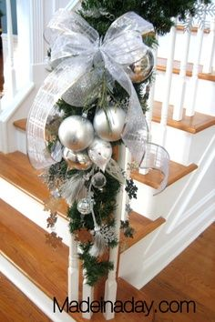 martha stewart christmas bannisters | Ornament Arrangement for Stair Garland