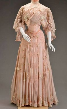 Day dress by G Giuseffi LT Company, c. 1906 US, Indianapolis Museum of Art