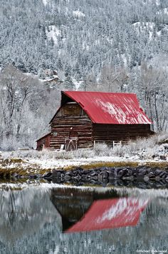 Barn Reflection in Lake City - After an early spring storm in Lake City, Colorado Farm Barn, Old Farm, Barn Pictures, Country Barns, Country Life, Country Living, Country Roads, Barns Sheds, Beaux Villages