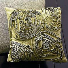 Almohadas. hermosos diseños