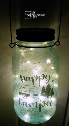 How to make mason jar luminaries with tissue paper, copy paper and more. Add solar lid with twinkle lights and handle, making it a perfect addition to your patio or campsite! Diy Mason Jar Lights, Mason Jar Lids, Mason Jar Lighting, Mason Jar Projects, Mason Jar Crafts, Diy Projects, Crafts With Glass Jars, Glass Craft, Printing On Tissue Paper