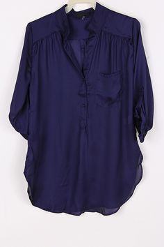Silky Collin Shirt in Midnight Blue.