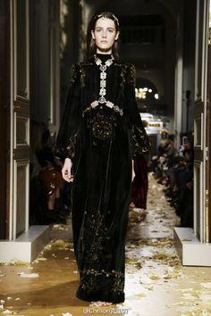 Valentino 2016 Haute Couture S/S