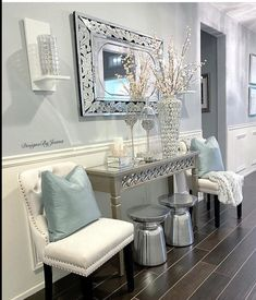 Fashion Look Featuring Bassett Mirror Mirrors and Waterford Candles by – ShopStyle Entryway decor. Fancy Living Rooms, Glam Living Room, Home And Living, Living Room Decor, Hallway Table Decor, Entryway Decor, Entryway Tables, Flur Design, Hallway Decorating