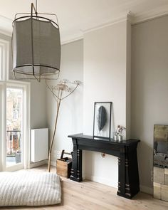 paint Little Greene Color Cool Arbour Little Greene Farbe, Little Greene Paint, Colonial Bedroom, Snug Room, Happy New Home, Interior And Exterior, Interior Design, Collor, Living Room Paint