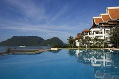 The Westin Langkawi Resort & Spa—Infinity Pool by Westin Hotels and Resorts, via Flickr