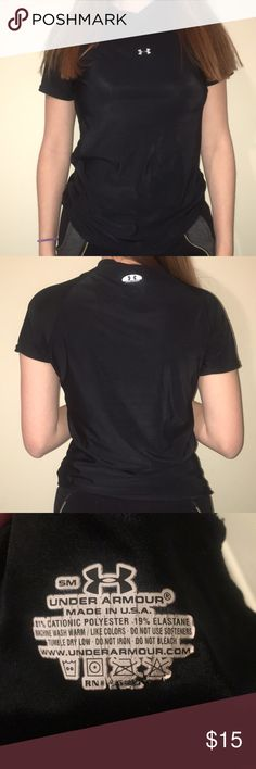 Under armour shirt Under armour shirt  Size SM . Under Armour Tops Tees - Short Sleeve