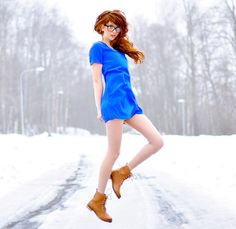 Born : May 1996 Height : From : Sweden - Ebba Zingmark is a Swedish model. She lives in a pretty small ci. Electric Blue Hair, Electric Blue Dresses, H&m Boots, Rhythm And Blues, Fashion Beauty, Womens Fashion, Jacket Dress, Dress Boots, Redheads