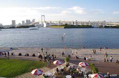A beach right in Tokyo?!? Check out Odaiba seaside fun!