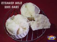 Improvised from my steamed milk cake, I have replaced the cake flour with rice flour. Here is the recipe to healthier choice - steamed milk rice cake. Steamed Rice Cake, Rice Cakes, Mug Cake Eggless, Steam Cake Recipe, Baking Recipes, Cake Recipes, Asian Cake, Milk Cake, Asian Desserts