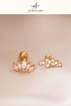 Flat Back Earrings, Crown Earrings, Earrings Photo, Stud Earrings, Helix Cartilage Earrings, Conch Earring, Tragus Piercings, Unique Ear Piercings, Forward Helix Piercing