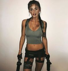 Lara Croft – 214 фотографий