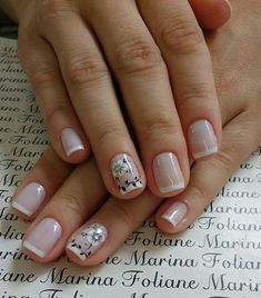 French manicure on short nails, floral drawings in black and white, pretty nails - Nail Designs French Nails, Cute Nails, Pretty Nails, Acrylic Nails, Gel Nails, French Manicure Designs, Trendy Nail Art, Nagel Gel, Manicure And Pedicure