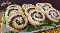 Se per le feste, volete preparare un' antipasto sfizioso, vi consiglio di provare questo gustoso rotolo salato ripiena di bresaola