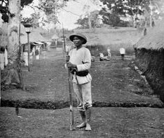 native Filipino soldier in the Spanish Army. Photo was taken in the Emilio Aguinaldo, Fort Santiago, Jose Rizal, The Spanish American War, Filipino Culture, Jfk Jr, Rough Riders, World War One, Historical Pictures
