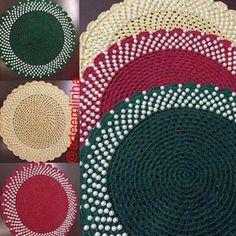 Ainda da série de sousplats para embelezar a sua mesa no Natal . Mais opções,agora com pérolas,para vc embelezar a sua mesa nesse Natal . . Boa noite!! Encomende os seus sousplats para sua mesa de natal Sousplats Croche com pérolas #bomdia #arteemlinha #sousplat #sousplatcroche #perolas #croche #crochet #crocheting #artesanato #handmade #tableware #instagram #roupademesa #mesahits #meseirasdesaoluis #meseirasdobrasil #meseirasassumidas #mesapos...