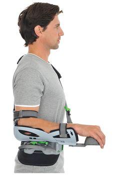 CAMOshoulder Orthosis after Shoulder Injuries Medical Design, Healthcare Design, Arm Sling, Farm Images, Shoulder Brace, Shoulder Injuries, Mobility Aids, Red Dot Design, Medical Equipment