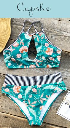 It's perfect to play on the sand and join a poolside party with Cupshe Flashing Spray Print Bikini Set. Floral & stripe print, full of girl power! FREE shipping! Check now!